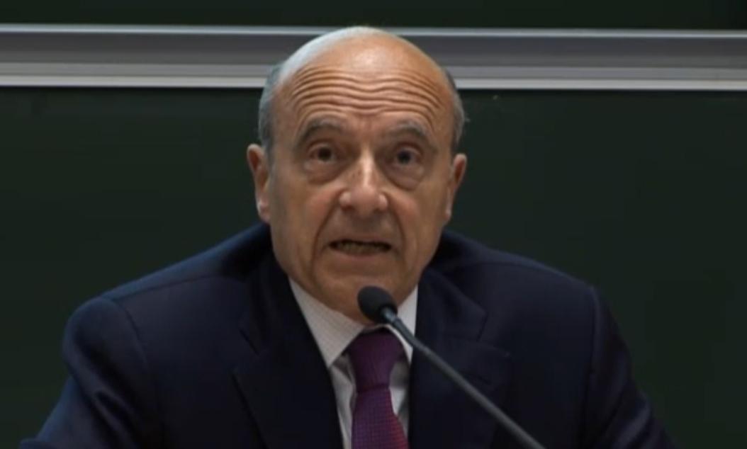 Alain Juppé au Forum europe du Cnam