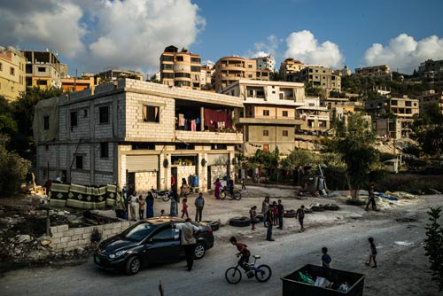 L'abri collectif de SouleimanOun, district de Saida, Liban, septembre 2014 ©Edouard Elias/PU-AMI